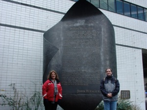 Jen and me, beside the flame memorial outise the Museum of London.